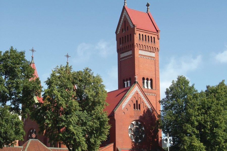 L'église Saint-Siméon-et-Hélène, également appelée l'église rouge. (© Yuri4u80 - Fotolia))