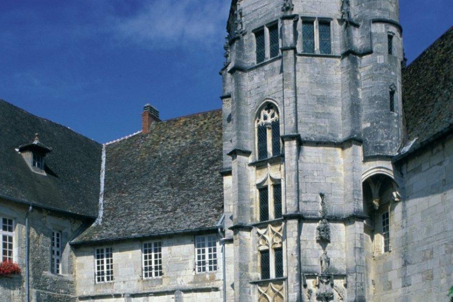 Le château de Gy. (© ATAMU RAHI - ICONOTEC.COM))