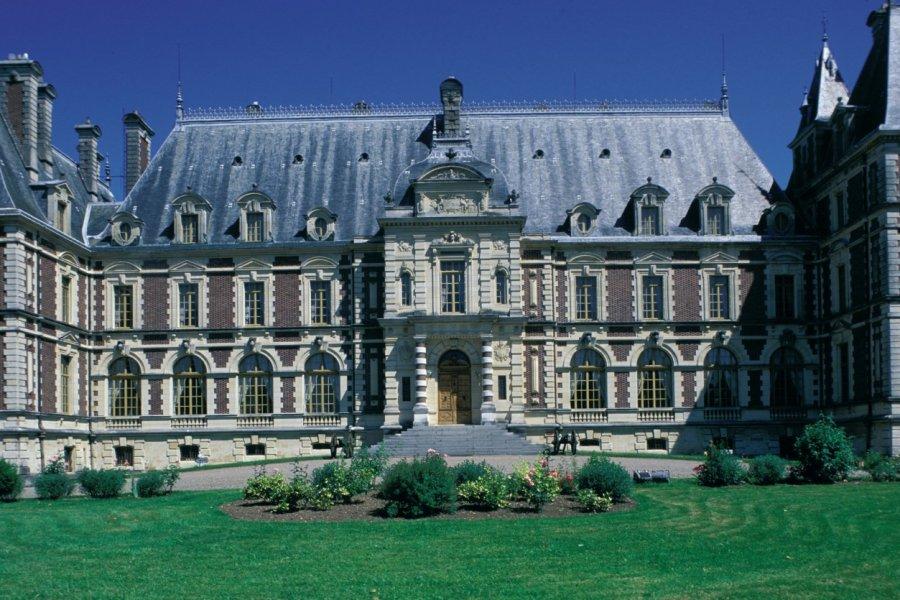 Façade de château (© ICONOTEC.COM))