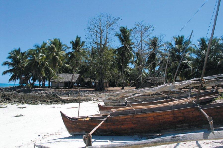 Petit village sur la grande île de Nosy Iranja (© Arnaud BONNEFOY))