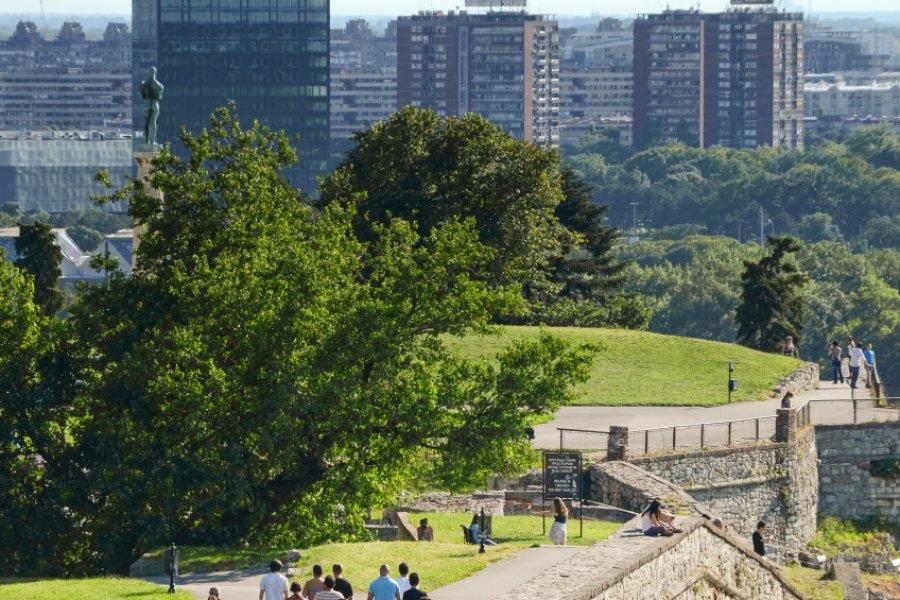Les touristes en visite à la forteresse de Belgrade. (© Ozgur Guvenc - Shutterstock.com))