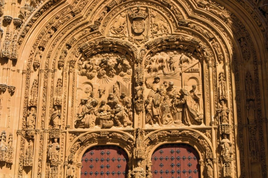 Façade de la Nouvelle Cathédrale (Catedral Nueva). (© Author's Image))