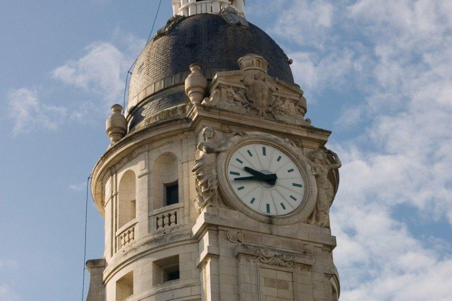 L'horloge de la gare de La Rochelle (© Nko - iStockphoto.com))
