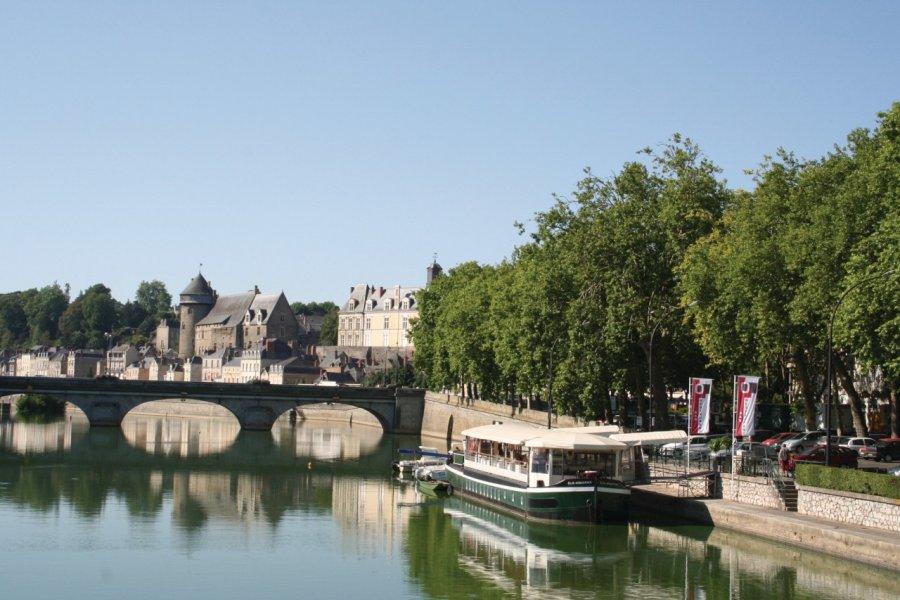 La rivière La Mayenne (© Office de Tourisme du Pays de Laval))