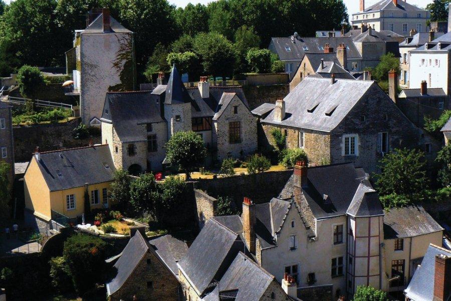 Le centre historique de Laval vu du donjon (© Office de Tourisme du Pays de Laval))