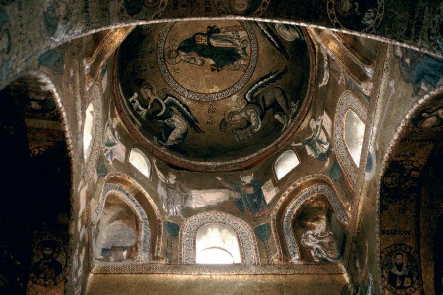 Plafond d'église à Palerme. (© Author's Image))