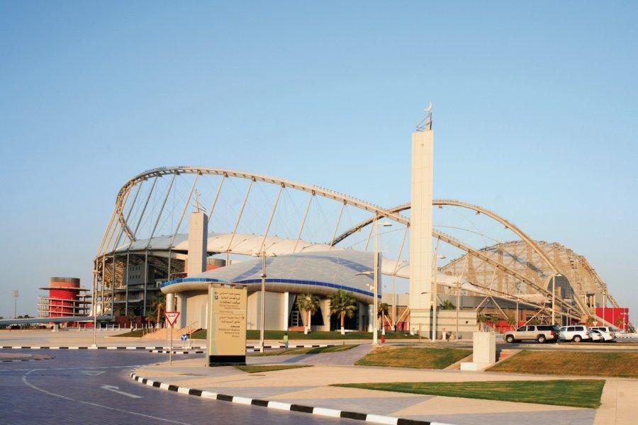 Mosquée d'Aspire Zone et stade Khalifa. (© PaulCowan - iStockphoto.com))