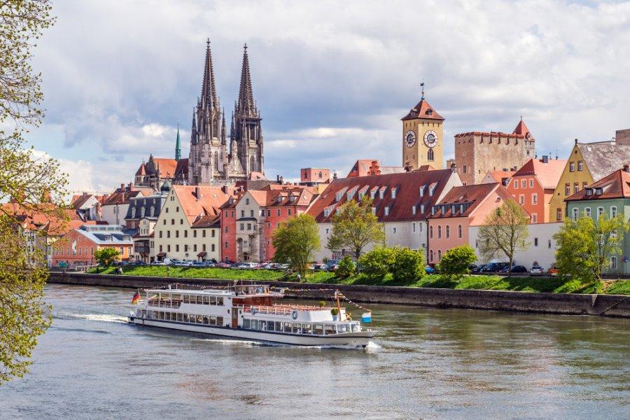 Balade sur le Danube à Regensburg. (© Zyankarlo - Shutterstock.com))