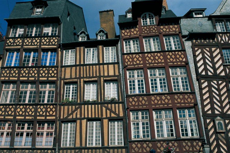 Maisons de la place du Champ-Jacquet. (© CALI - ICONOTEC))