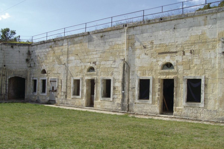 Casemates du fort Liédot (© Debeve2001-Fotolia))
