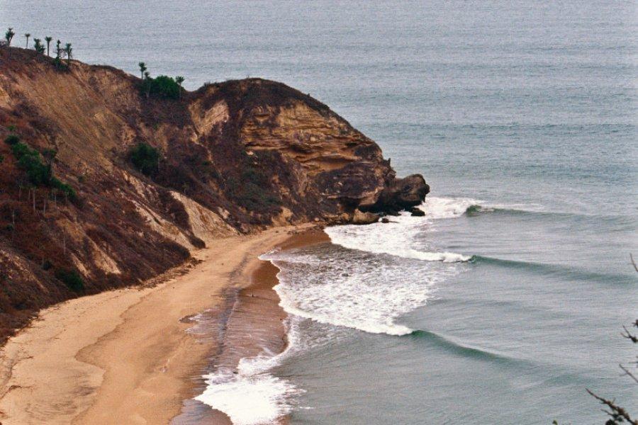 Cabo Ledo est très apprécié des surfeurs. (© Tropicalpixsingapore - iStockphoto))