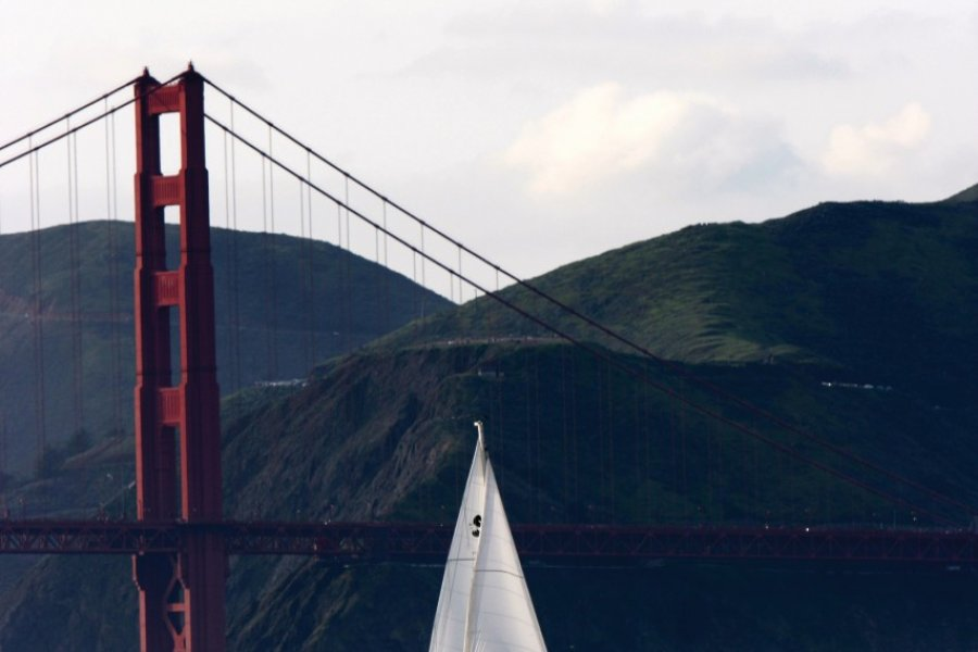 Golden Gate Bridge. (© Stéphan SZEREMETA))