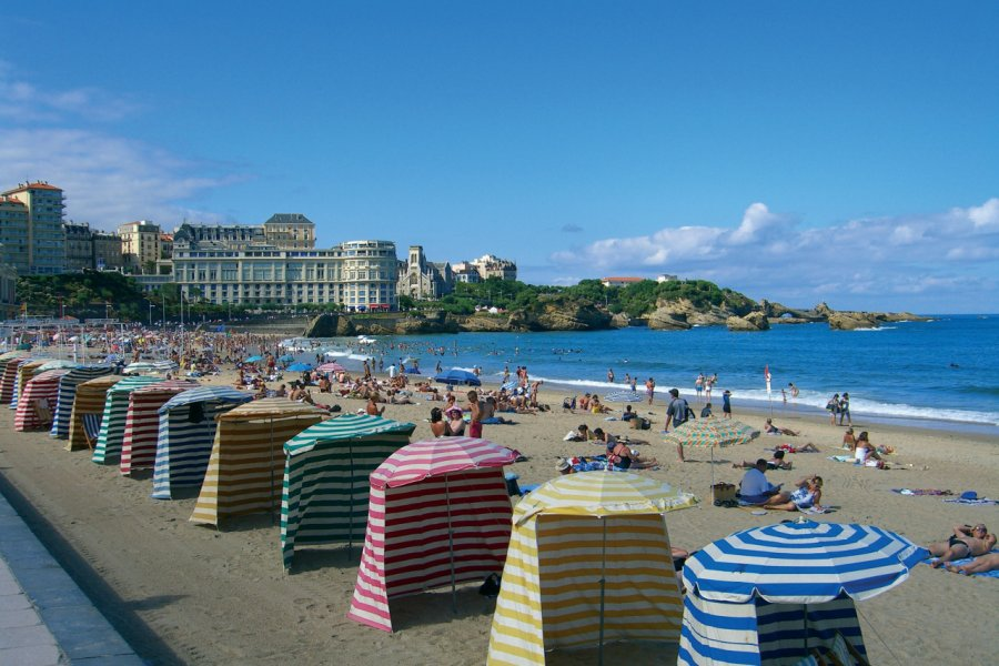 Plage de Biarritz (© Antony ROYER - Fotolia))