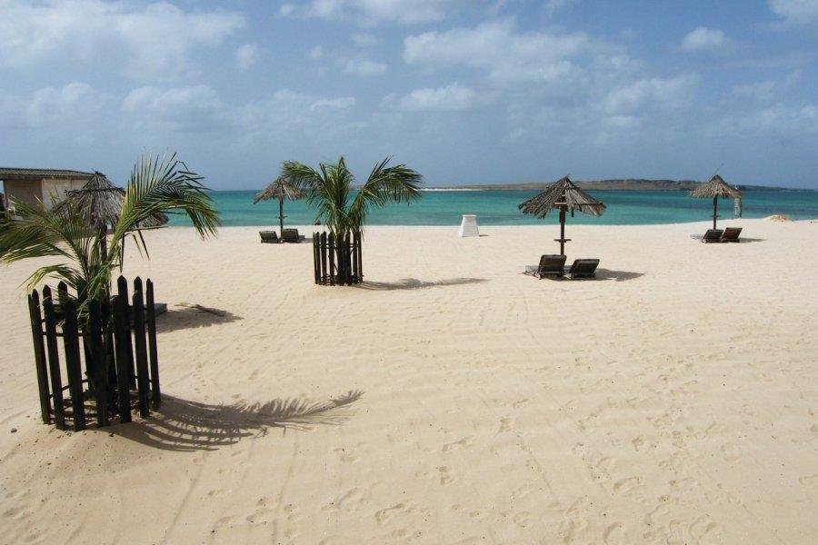 La plage de Sal Rei. (© Anca MICULA))