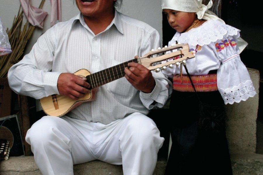 José Luis Pichamba, grand ambassadeur de la musique d'Otavalo à travers le monde. (© Stéphan SZEREMETA))