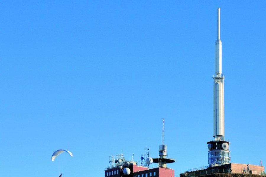 Antenne et observatoire du Puy-de-Dôme (© Lophie - Fotolia))