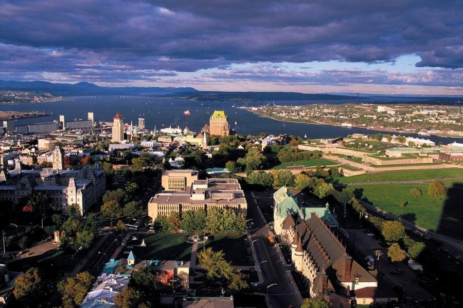 Vue panoramique du Vieux-Québec. (© Author's Image))