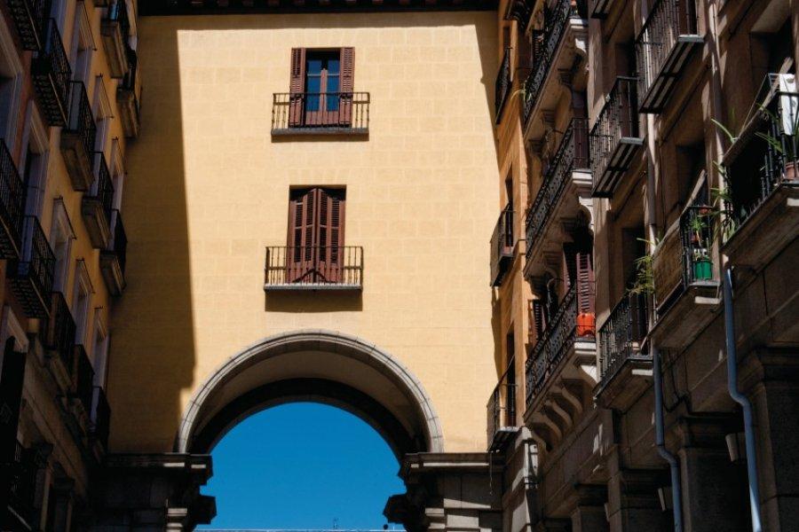 Porte de la Calle de Toledo donnant sur la Plaza Mayor. (© Philippe GUERSAN - Author's Image))