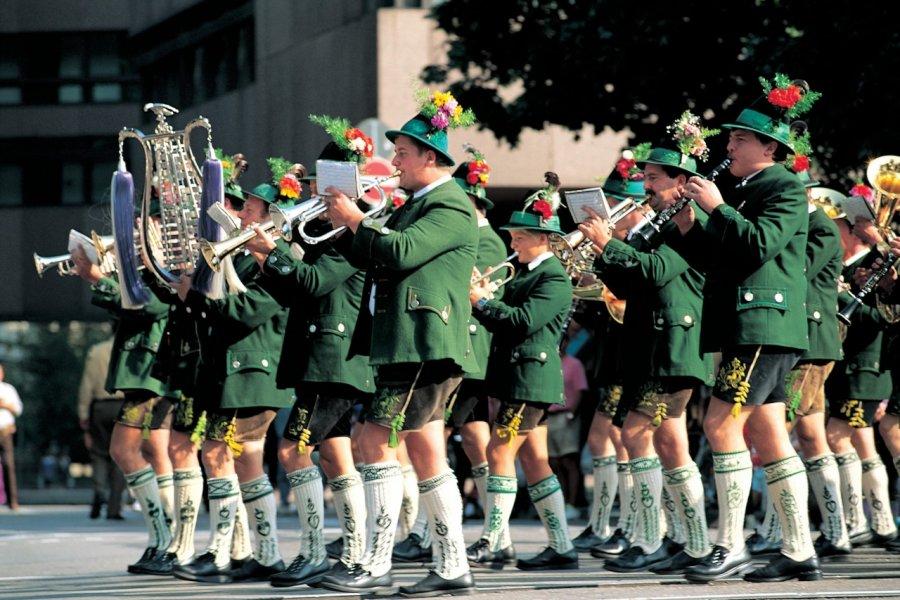 Fête de la bière, parade (© Siegfried Stoltzfuss - Iconotec))