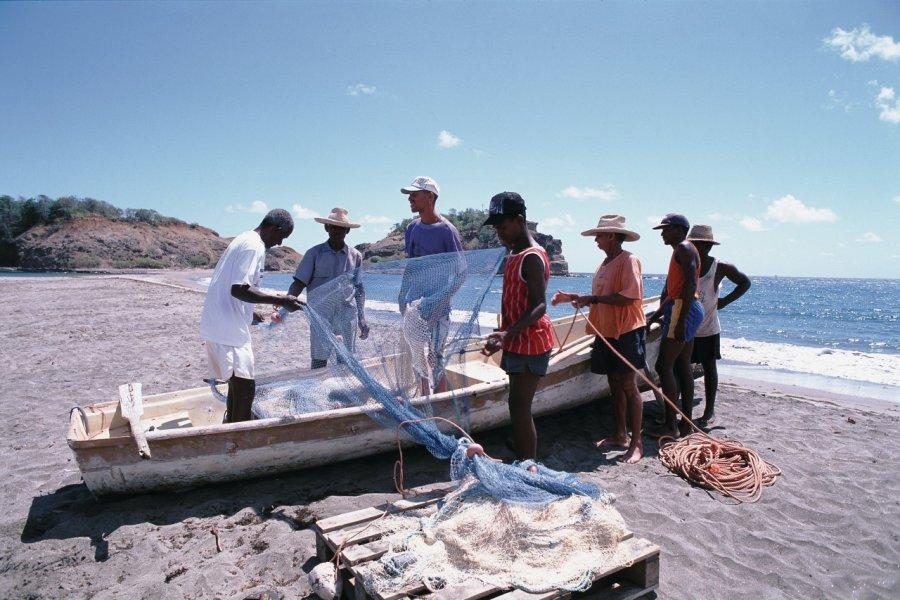 Préparatifs avant de partir en pêche. (© Author's image))