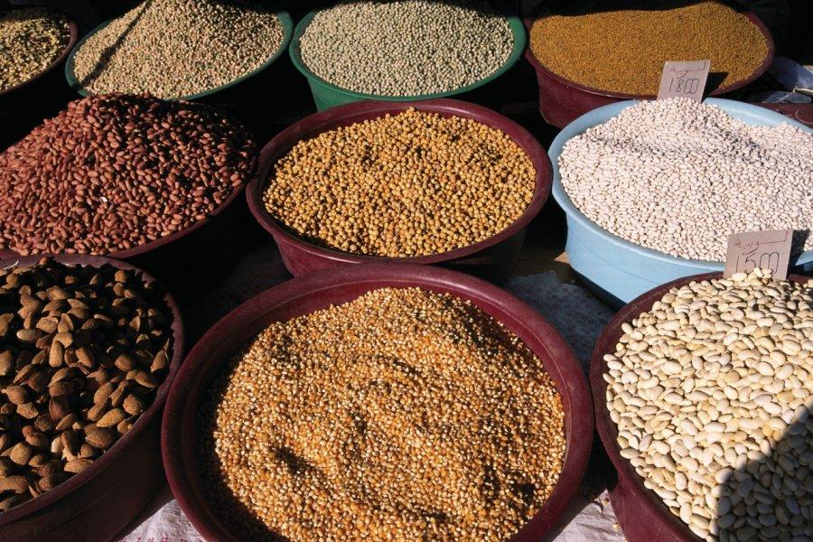Étal d'épices à Midoun. (© Author's Image))