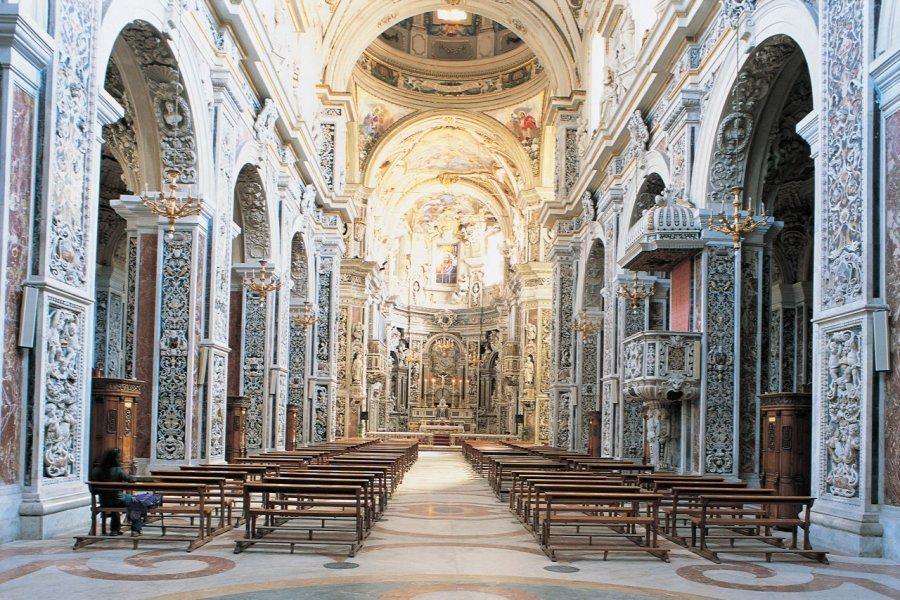 Nef de la chiesa del Gesu. (© Apollon - Iconotec))
