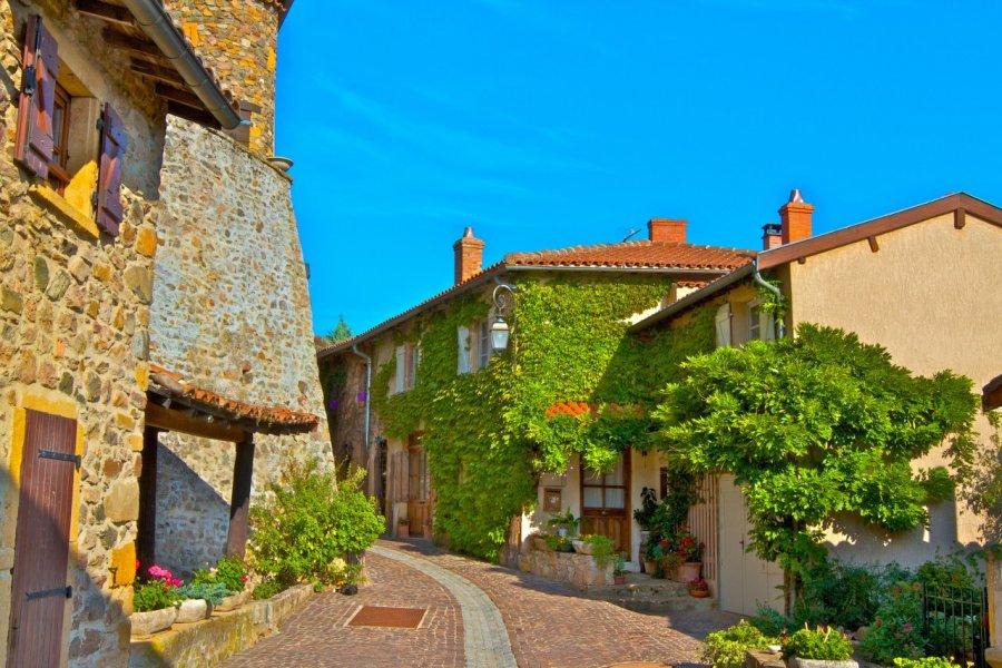 Village de Ternand. (© 357680 ANDRE CUZEL - Fotolia))