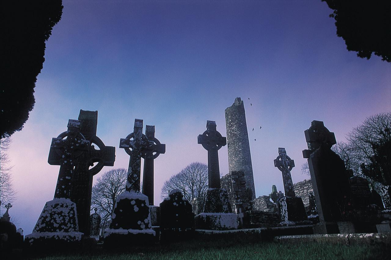 Monasterboice, dans le comté de Louth (© Paul Carroll))
