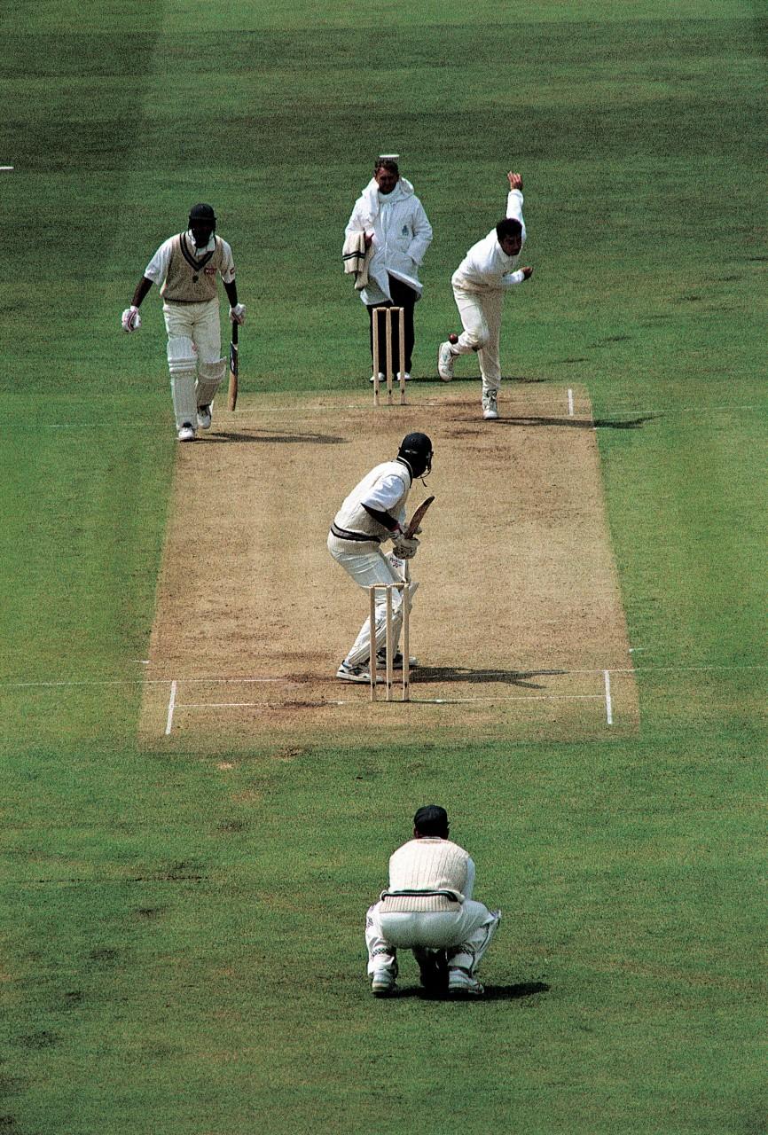 Match dominical au Lord's Cricket Ground, le temple du cricket international. (© John Frechet - Iconotec))