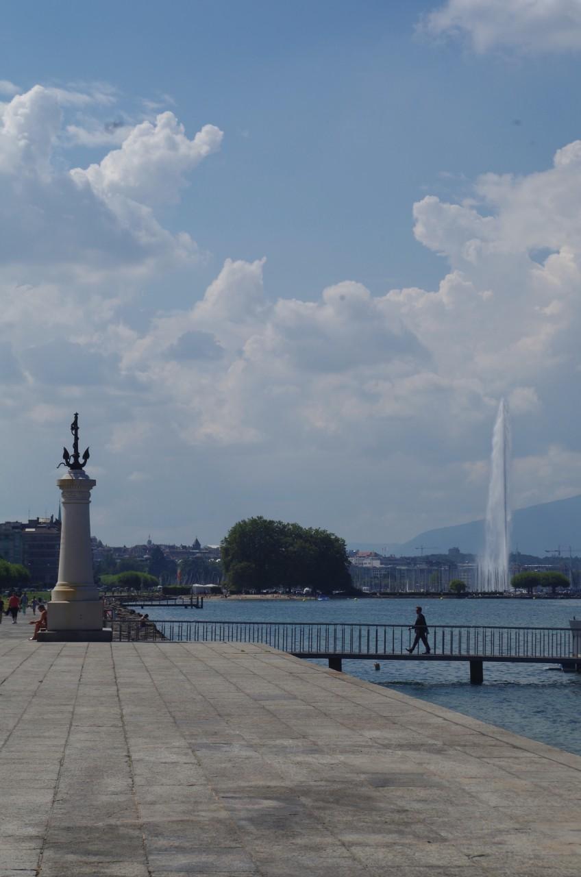 Monument du Port (arrivée des Suisses en 1814), lac Léman et Jet d'Eau depuis la Rive gauche. (© Séverine VULLIEZ))