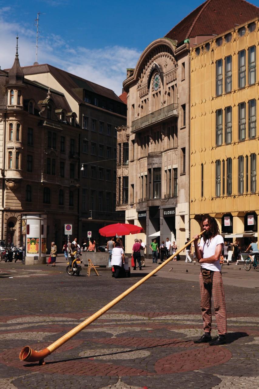 Joueur de cor des Alpes sur la Marktplatz. (© Philippe GUERSAN - Author's Image))