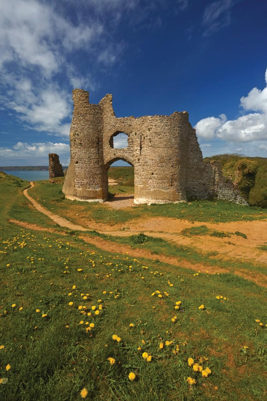 Château de Pennard. (© Loop Images / Photononstop))