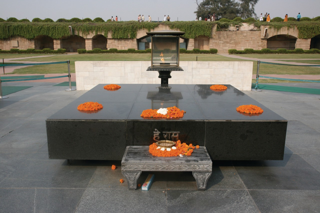 Monument dédié à Mahatma Gandhi. (© Stéphan SZEREMETA))
