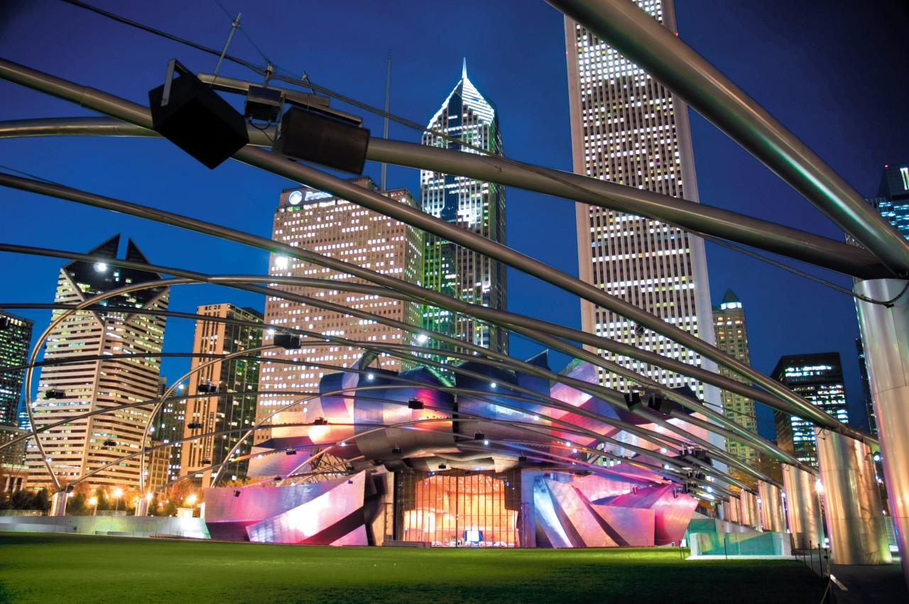 Le Jay Pritzker Pavilion dans le Millenium Park