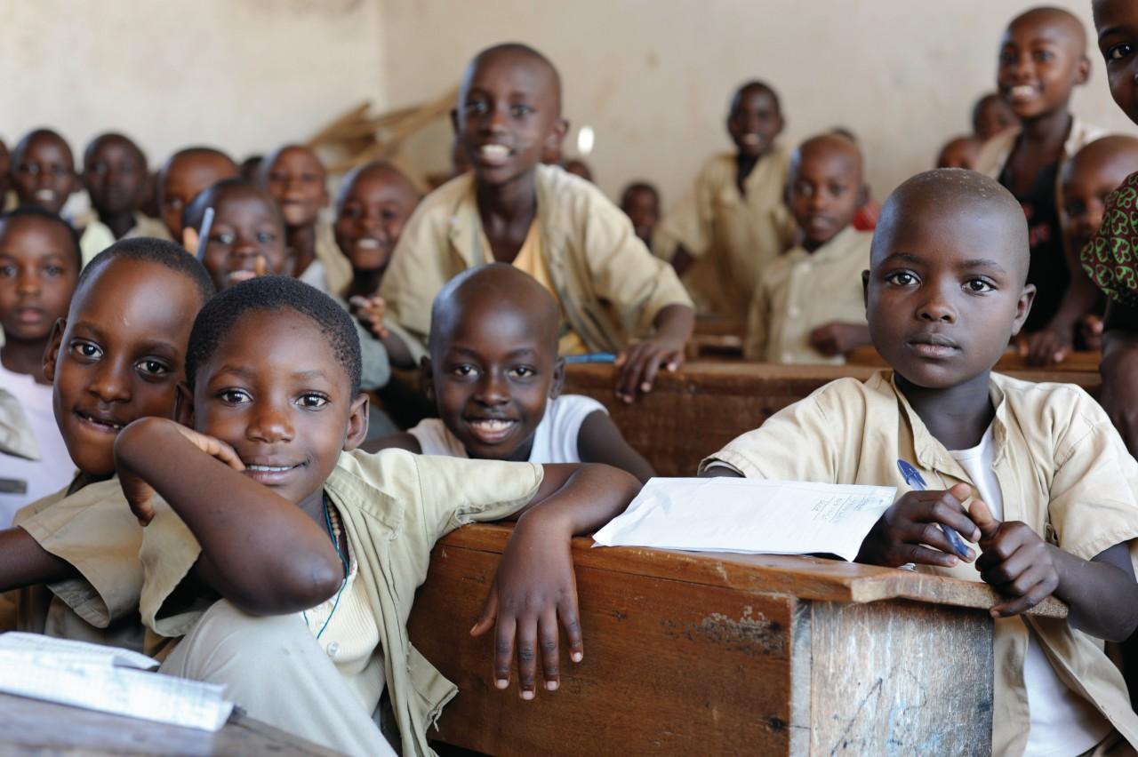 Écolier du Burundi. (© Indra STRUYVEN))