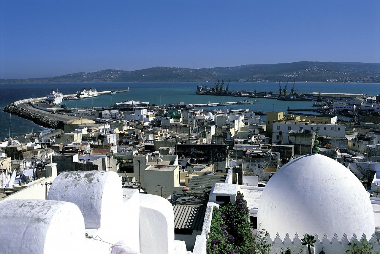 Panorama del puerto de Tánger.