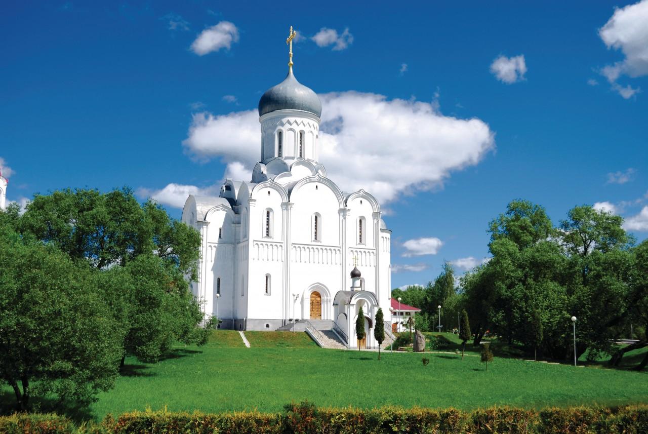 Église de Pokrov de l'Avenue des vainqueurs à Minsk.