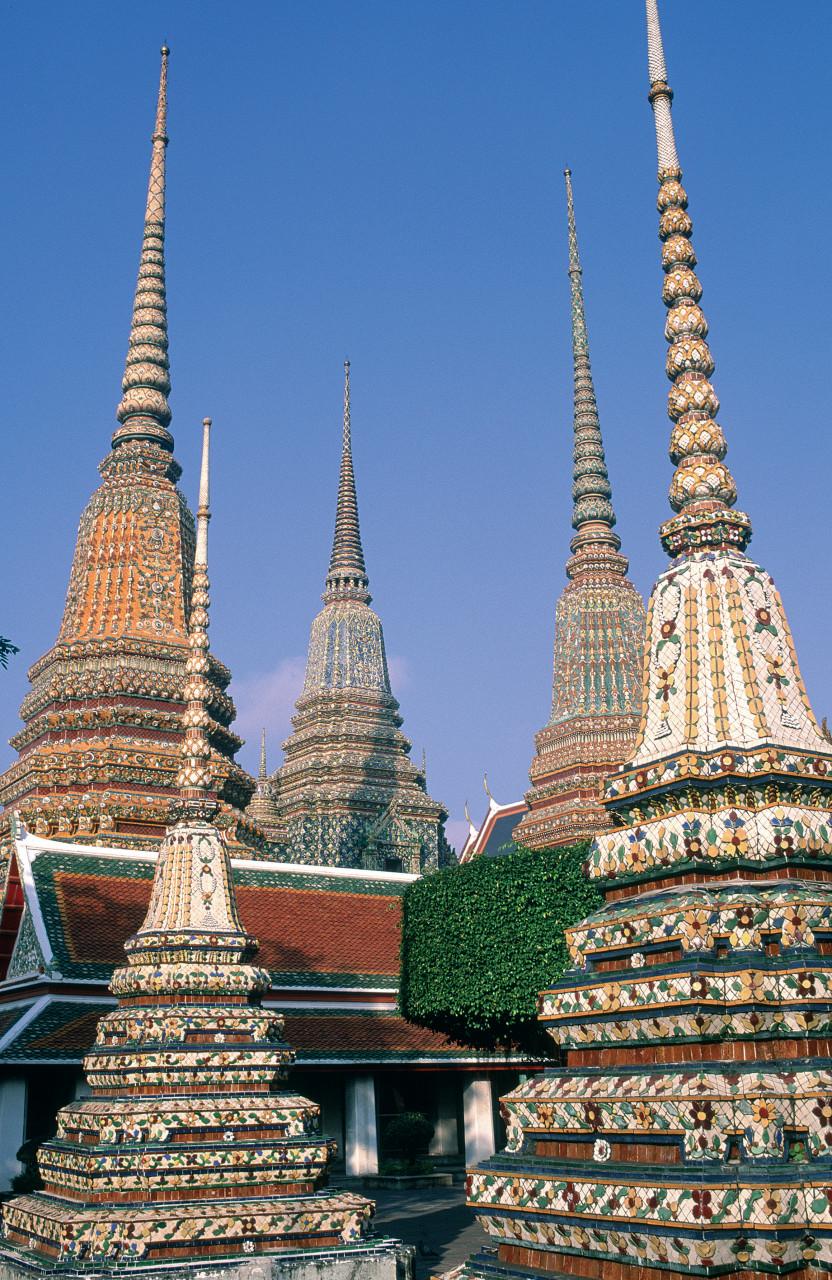 Chedis du Wat Pho. (© S.Nicolas - Iconotec))