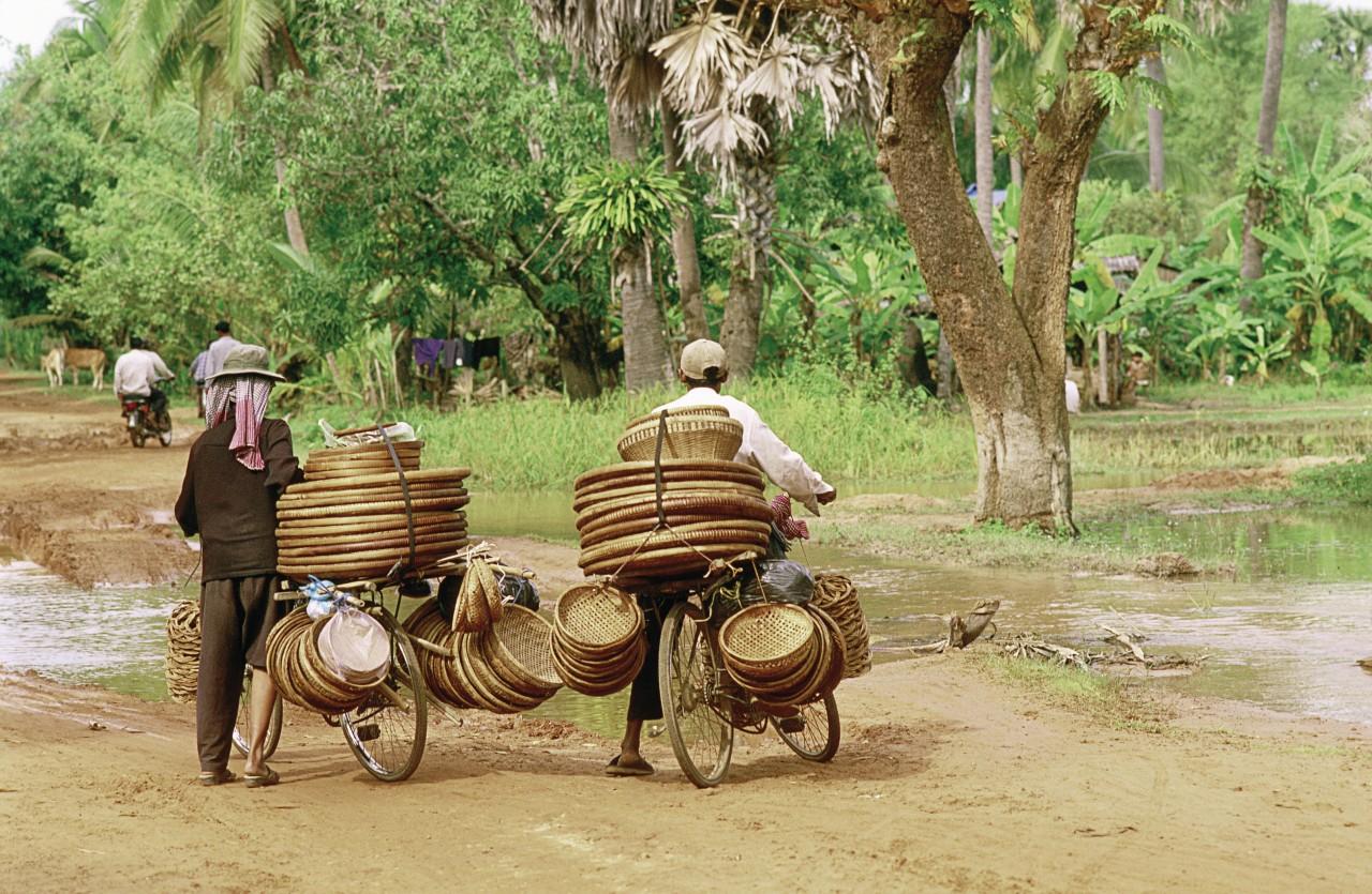 Scène de rue à Siem Reap. (© Alamer - Iconotec))