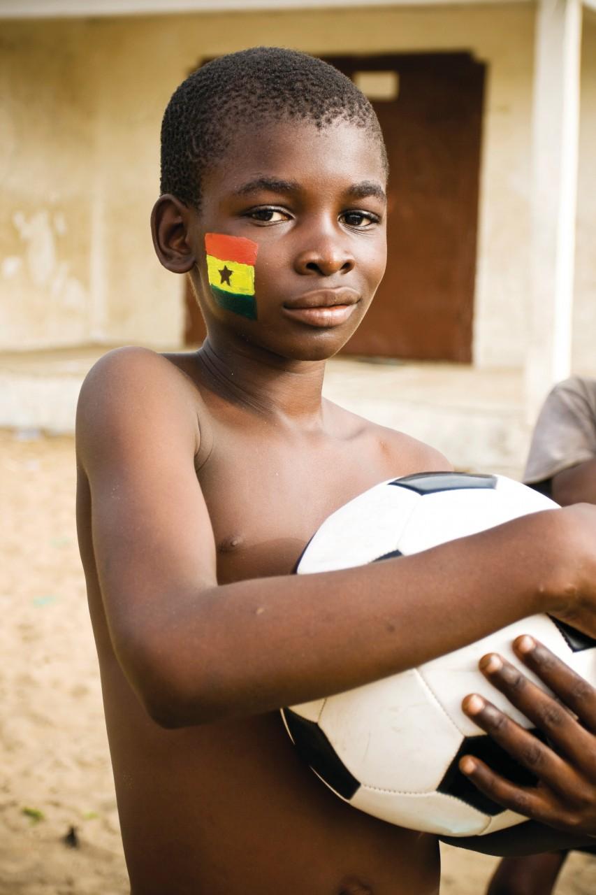 Jeune footballeur ghanéen. (© MShep2 - iStockphoto.com))