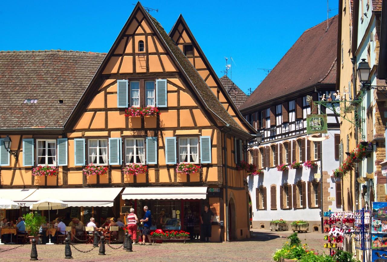 Le village d'Eguisheim. (© Mellow10 - Fotolia))