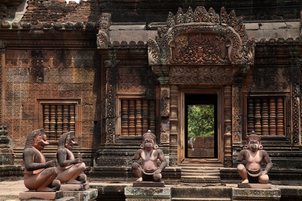 Temple of Banteay Srey, Angkor.