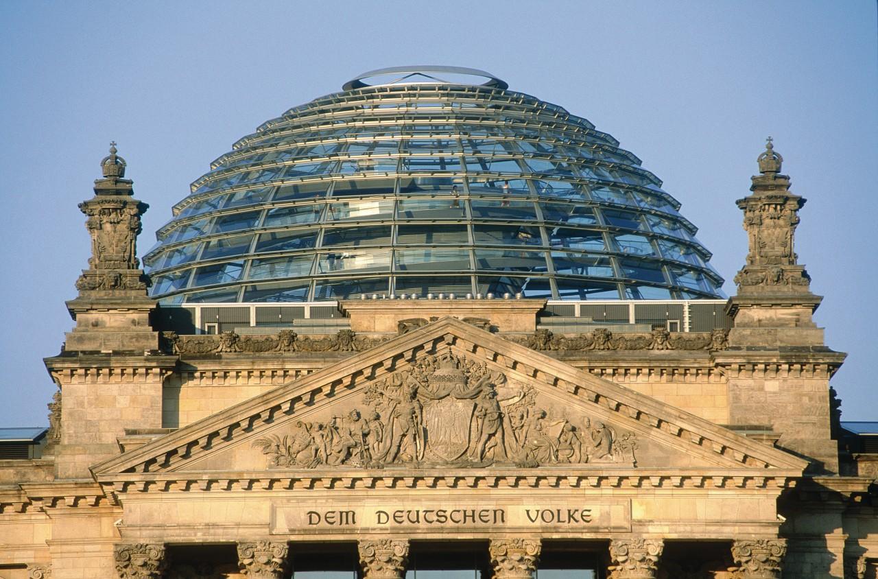 Coupole du Reichstag (© Siegfried Stoltzfuss - Iconotec))