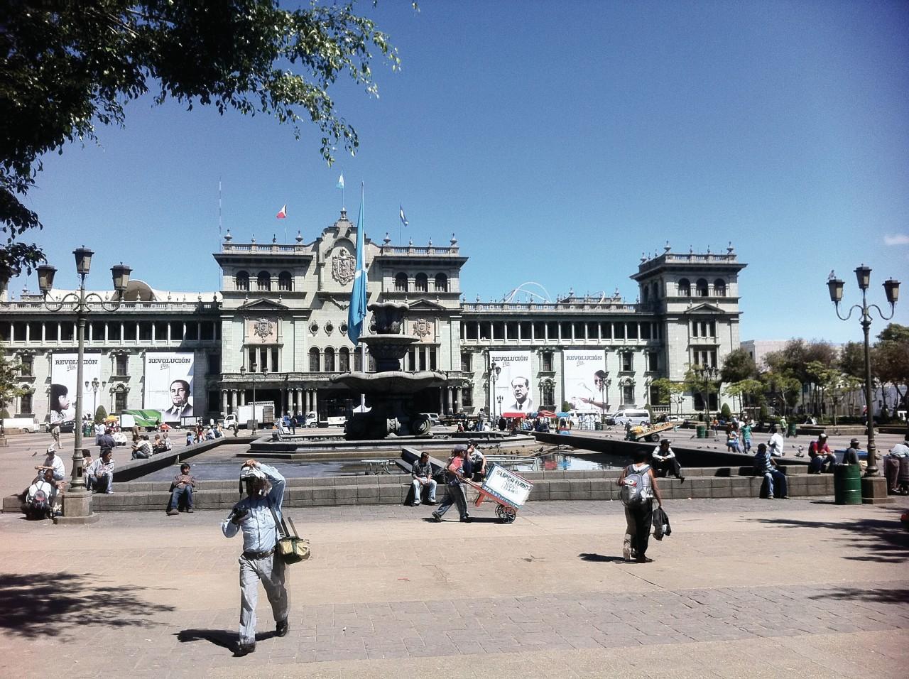 Plaza Mayor. (© Abdesslam Benzitouni))