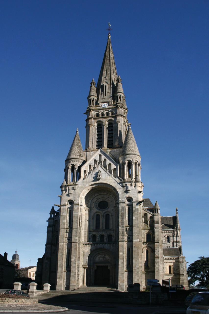 L'église Saint-Martin de Vitré (© jeanphilippe delisle - Fotolia))