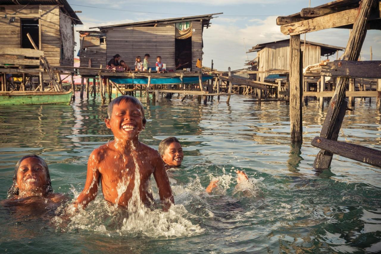 Les villages flottants (© Tim Draper))
