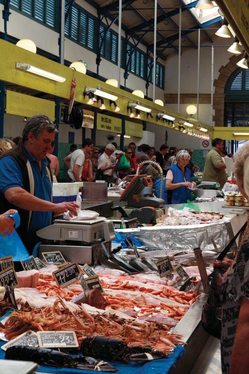 Marché aux poissons. (© Irène Alastruey - Author's Image))