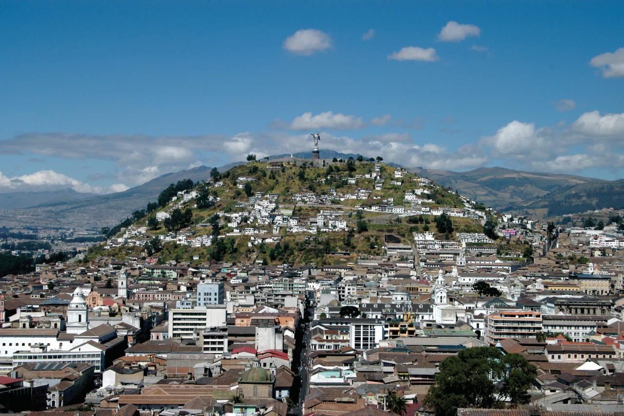 Le Quito colonial est protégé par la Vierge du Panecillo. (© Stéphan SZEREMETA))
