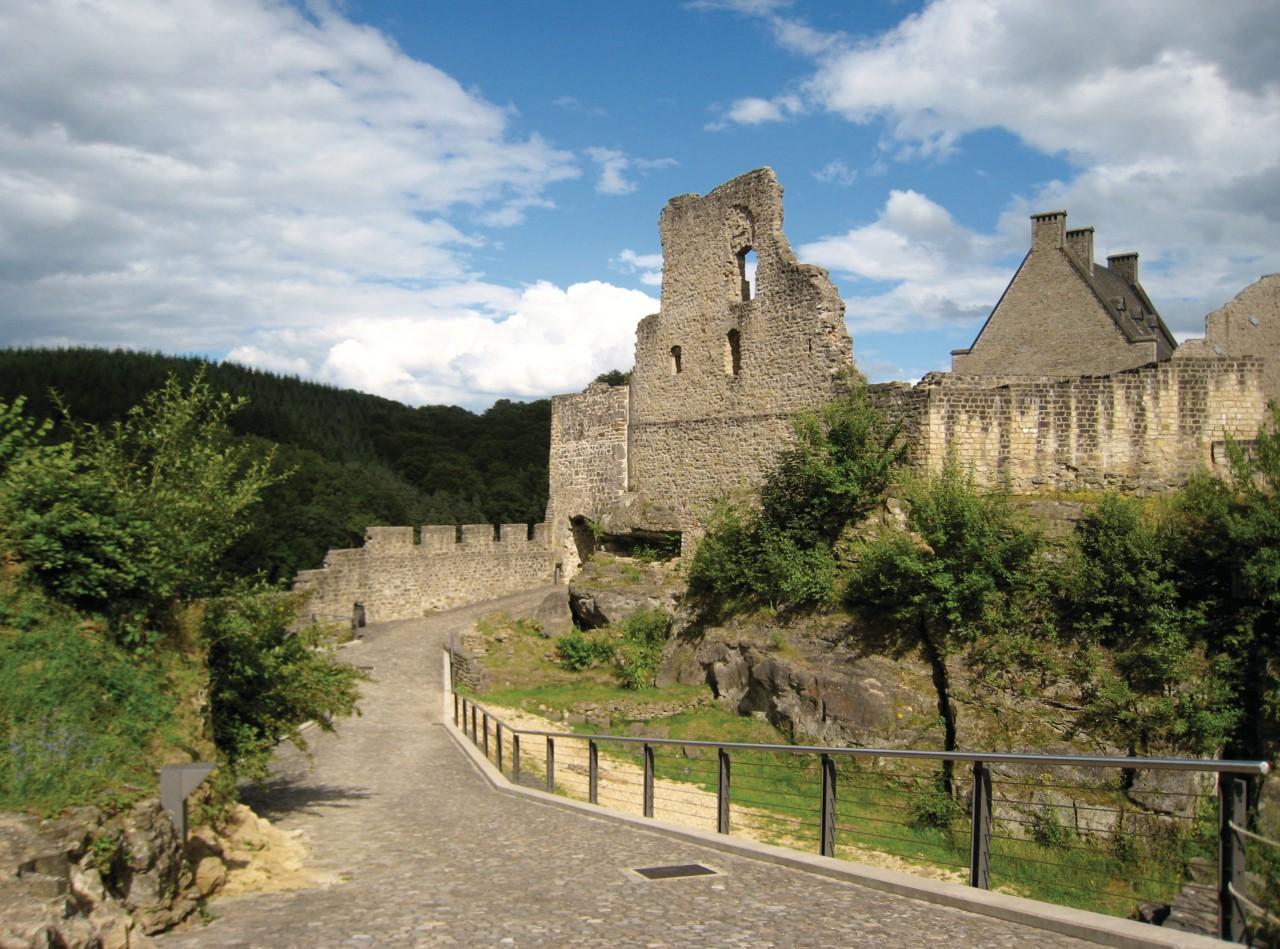 Château de Larochette. (© Philippe HENRY))