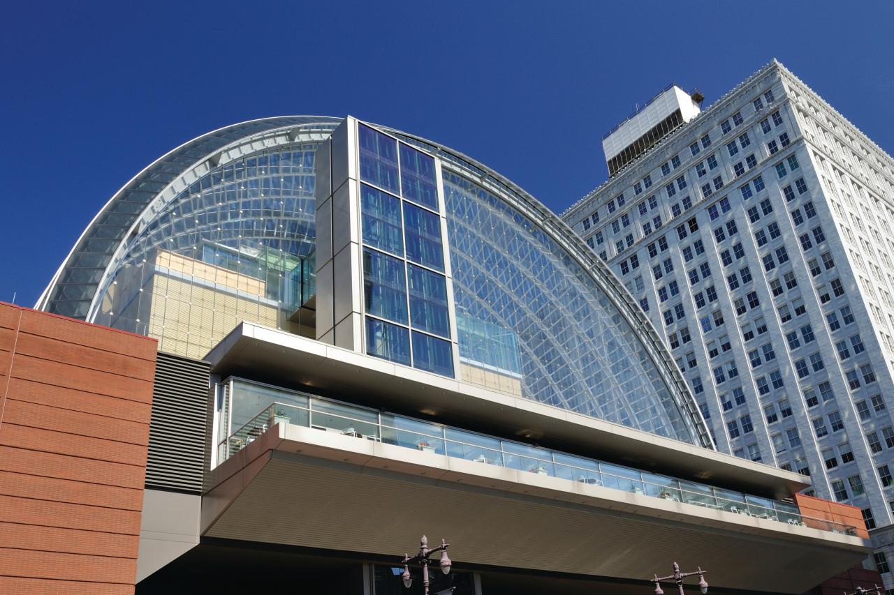 Centre Kimmel for the performing arts sur l'Avenue des arts.